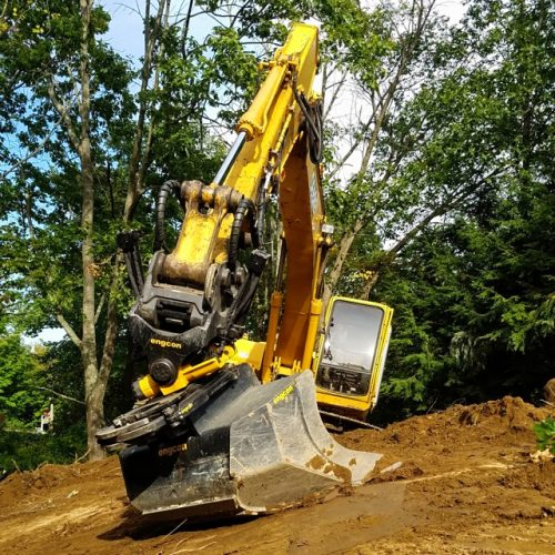 Excavation Company Shaves a Third Off of Machine Time with Tiltrotator